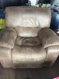 Leather recliner like new