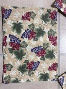 6 Grapevine Themed Table Mats Like New only used as Decoration Cambridge Kitchener Area image 1