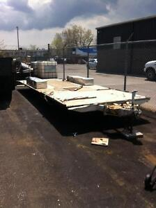 24' Dual Axle Flatbed