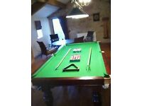 3/4 snooker table 8x4 with snooker & pool balls & overhead light, cue rack & scorer