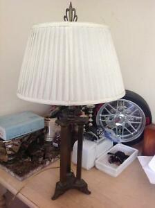 """ANTIQUE LOOK 29""""H TABLE STAND LAMP WITH METAL STAND"""
