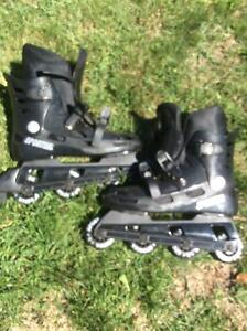 Black a roller Blades size # 7 Great condition!