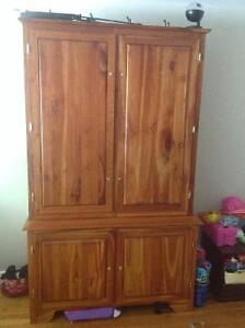 Solid wood gun cabinet Peterborough Peterborough Area image 1