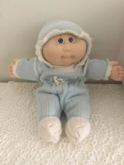 Cabbage patch kids baby doll-vintage