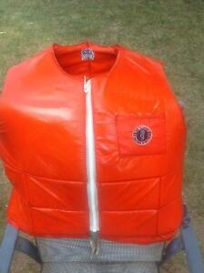 Life water jacket - XXL SIZE - GREAT CONDITION