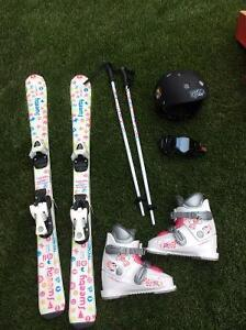 **REDUCED** Girls Down Hill Ski Set - Techno