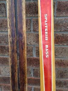 ANTIQUE WOOD SLEDs AND WOOD SKIS..GREAT WINTER DECOR RUSTIC Cambridge Kitchener Area image 2