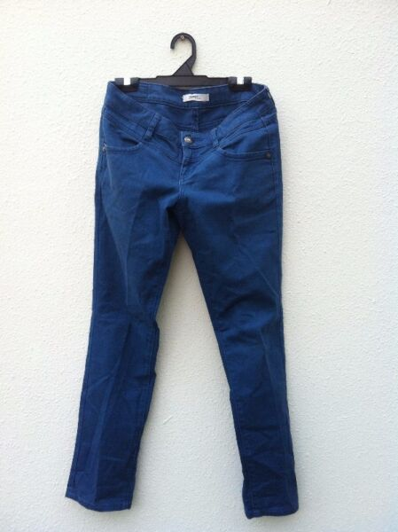 Genuine Esprit Denim. Size 26/30 In good condition.
