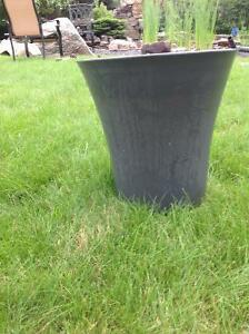 Brand New40inch Heavy Plastic FlowerPot w/Wheels Bought too many Strathcona County Edmonton Area image 1
