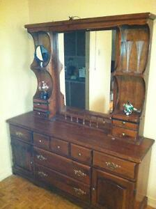 2 piece dresser with mirror and light