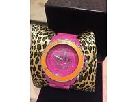 BEAUTIFUL PAULS BOUTIQUE WATCH ,NEW IN BOX WITH GUARANTEE