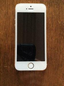 iPhone 5s white best offer takes it
