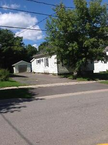 Awesome Deal - 3 Bedroom House & yard