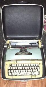 Vintage manual typewriter for sale