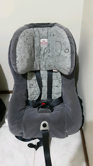 Britax Safe and Sound Meridian AHR car seat