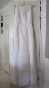 White debutante dress with lace features Caboolture Caboolture Area Preview
