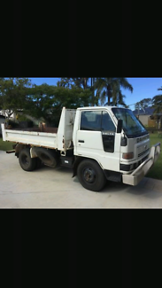 Mini Tipper Wet Hire Nambour Maroochydore Area Preview