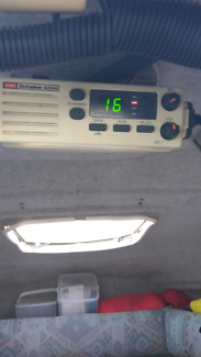 GME GX548 Marine boat VHF radio. Good cond