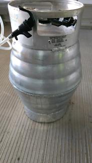 Compact beer keg