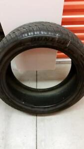 (HS1) 1 Pneu Hiver - 1 Winter Tire 245-45-19 Dunlop RunFlat 7/32