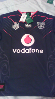 2017 NZ WARRIORS HOME JERSEYS brand new w all tags on