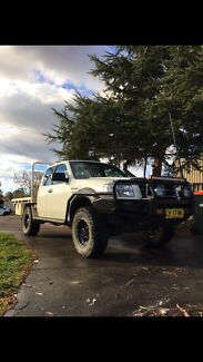 Ford ranger 2008 open to all offers