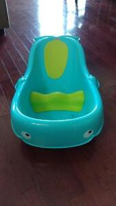 Fisher price whale of a tub Kingston Kingston Area image 1