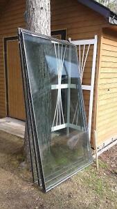 4 vitres thermos de porte patio (sans cadres) 43 X 73 pouces