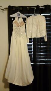 Wedding dress with jacket, with shoes and purse Kawartha Lakes Peterborough Area image 2