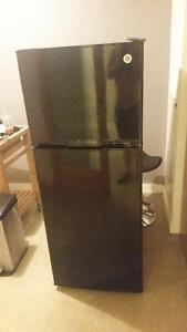 GE apartment size fridge and other appliances