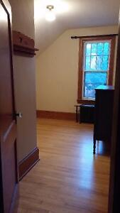 Bedroom Available in Lovely 4-Bdrm Home - All utilities included