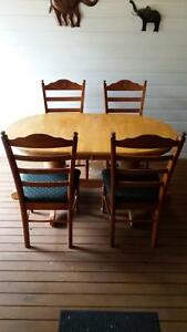 Dining Table plus 4 chairs Toodyay Toodyay Area Preview