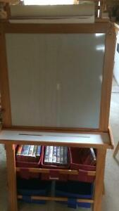 Easel brand new condition