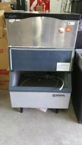 SCOTSMAN 350 POUNDS ICE MACHINE