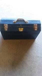 lockable blue steel tool box