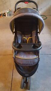 Baby trend car seat & stroller travel system