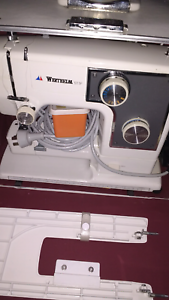 WERTHEIM VINTAGE SEWING MACHINE IN CASE WORKS PERFECTLY Mentone Kingston Area Preview