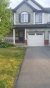 Executive 3 bdrm townhome in Orleans available now!!!