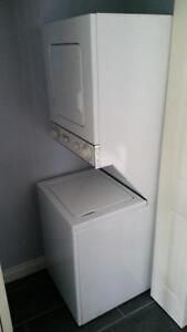 WHIRLPOOL THIN TWIN WASHER/DRYER COMBO FOR SALE