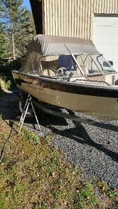 crestliner boat motor and trailer