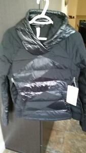 Lululemon BNWT Down Right Cozy Pullover Jacket