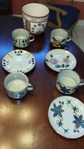 4 Beautiful Grey/Flowers Ceramic Soup/chowder cups 3 plates