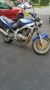 Blue 2001 Suzuki GS500e motorcycle