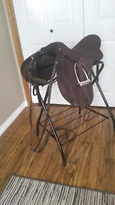 """Wintec 2000 All Purpose 17.5"""" Saddle Package Strathcona County Edmonton Area image 5"""