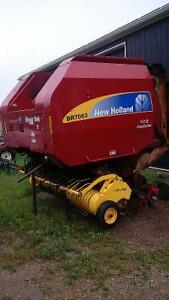 New Holland BR7060 RoroCut Round Baler For Parts