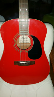 Accoustic guitar MAGNUM  STEEL  STRING