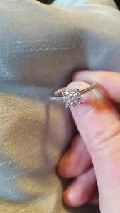.35 14k engagement ring 400$