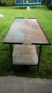 Heavy Duty Steel Work Bench priced to sell at $200 Cambridge Kitchener Area image 2