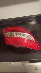 2006-11 Mercedes C300 C350 Left Side - Part # 204 820 22 64