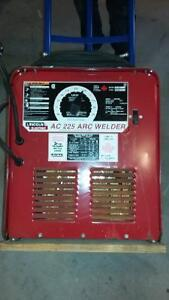 Soudeuse Lincoln AC 225 ARC WELDER